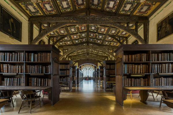 duke humfreys library interior 6 bodleian library oxford uk  diliff wikipedia